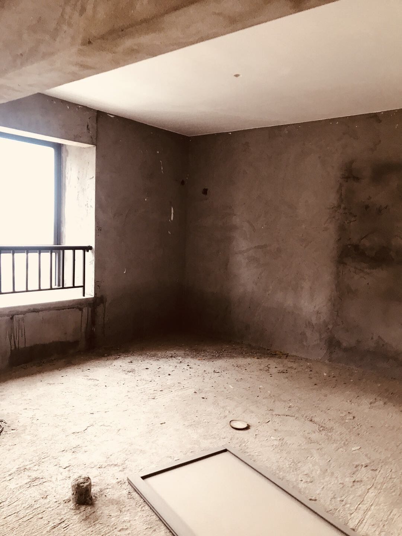盛达阳光城3室2厅2卫121.00平方55.00万