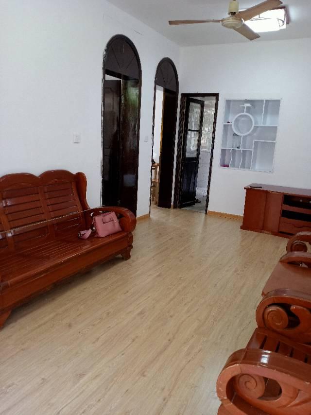 福炼生活区3室2厅1卫75平方1300元/月